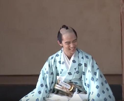 yuzuru745.png